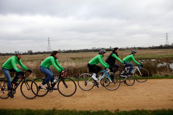 CTC women cyclists, Hackney Marshes, 05/01/2013.