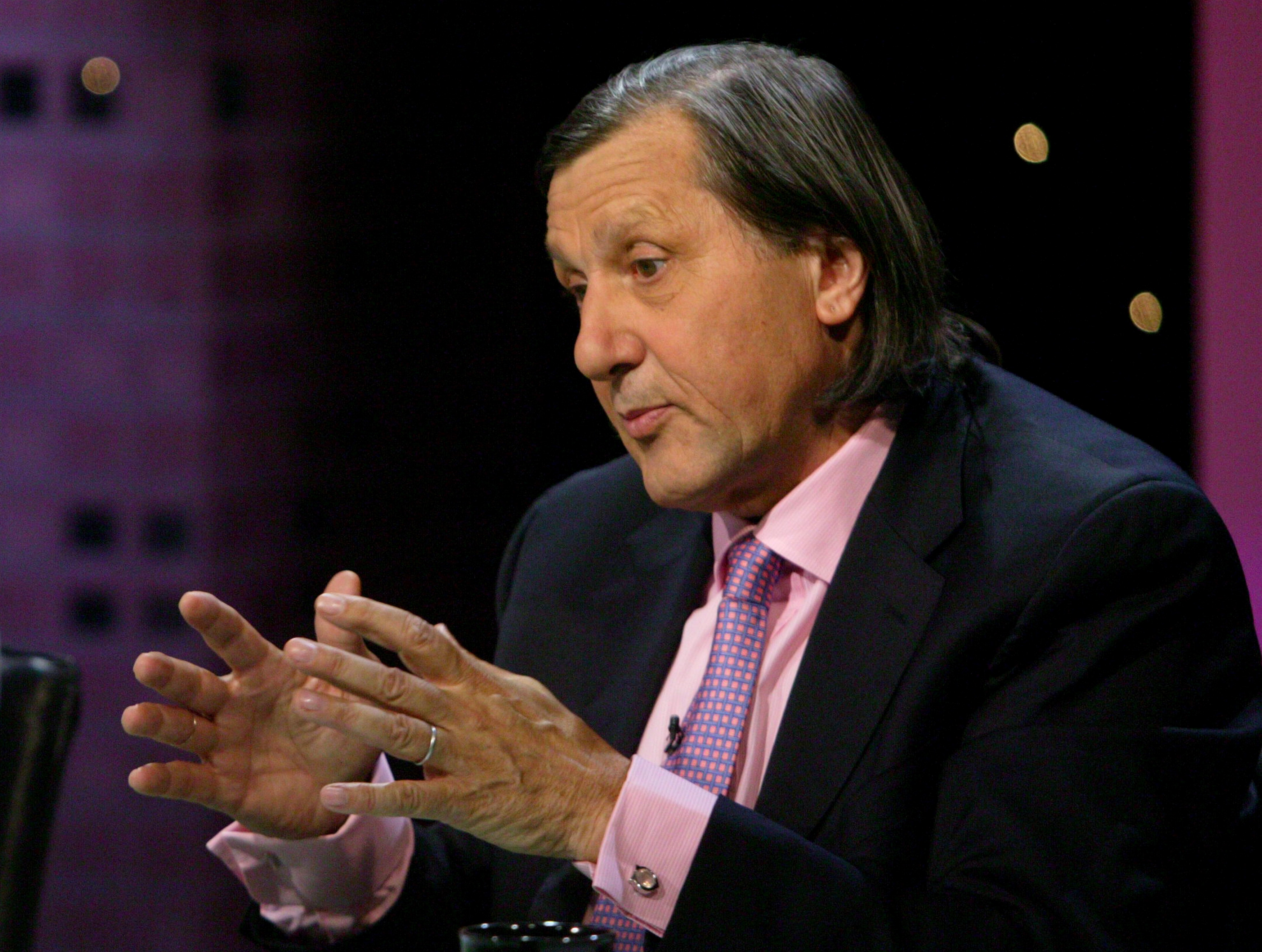 Ilie Nastase Federer can play tennis until he is 60