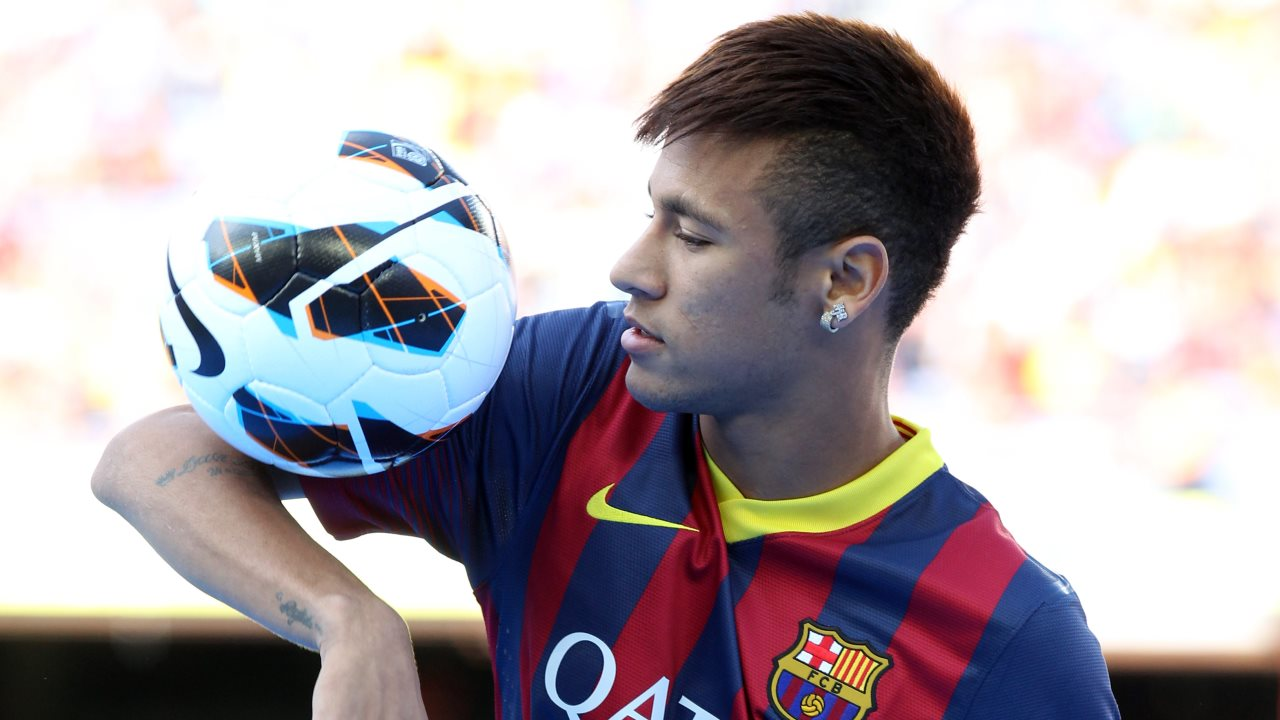 » Neymar: the most expensive player in football history?