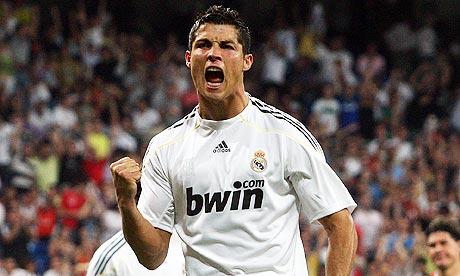 Cristiano-Ronaldo-celebra-001