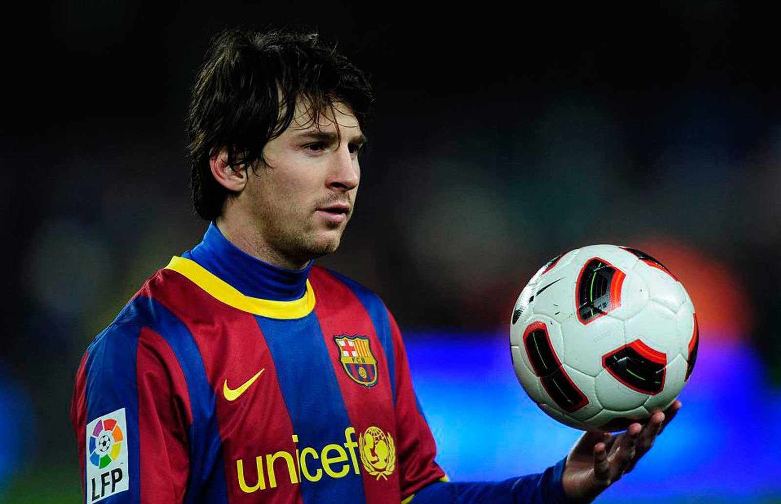 » FC Barcelona: A plan to sell Lionel Messi