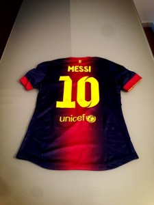 messishirtshara1-225x300