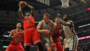 san-antonio-spurs-v-chicago-bulls-300x172