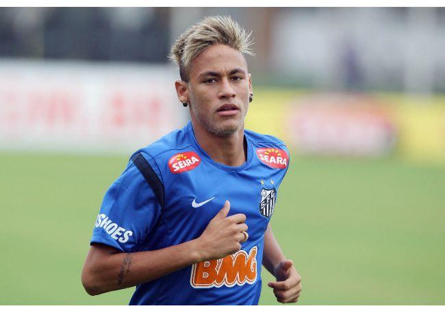126530-le-footballeur-bresilien-neymar-650x0-1