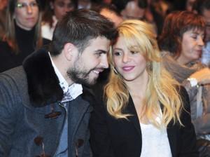 Shakira-et-Gerard-Pique_portrait_w858-300x224