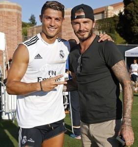 Cristiano-Ronaldo-et-David-Beckham-a-Los-Angeles-le-30-juillet-2013_exact810x609_p-282x300