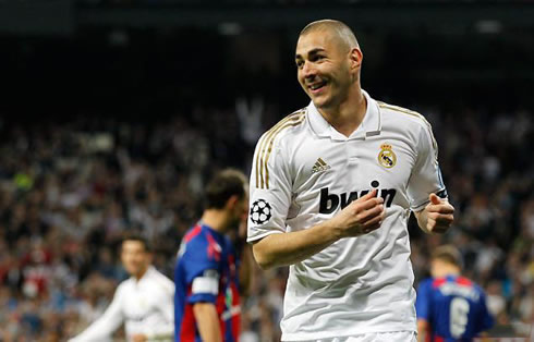 cristiano-ronaldo-463-karim-benzema-scores-again-for-real-madrid-in-2012
