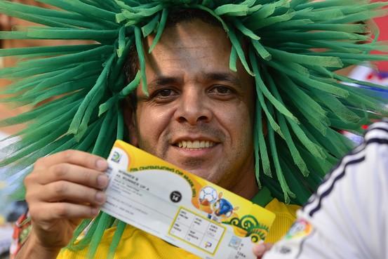 OB-YG386_brazil_G_20130719182809