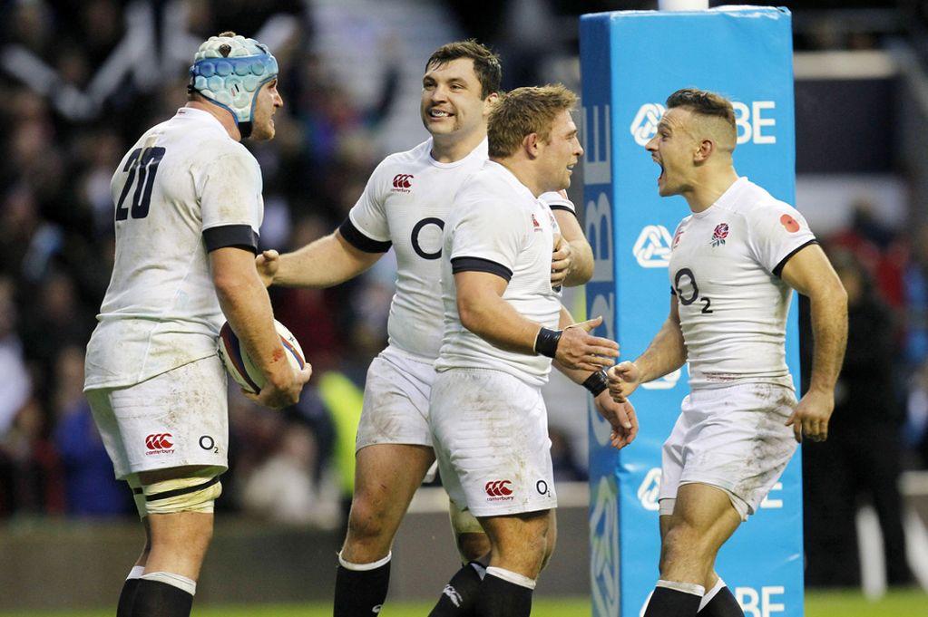 Englands-Ben-Morgan-celebrates-scoring-their-fourth-try-with-team-mates-2714510
