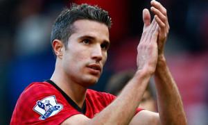 Robin van Persie applauds the fans, Manchester United v Arsenal