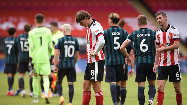 Sheffield United players affected by the defeat against Marcelo Bielsa's Leeds. Credit : Reuters.