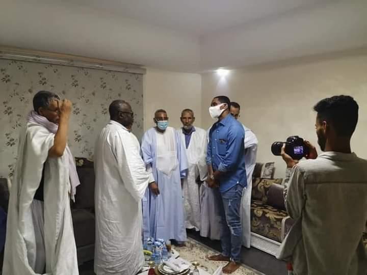 Samuel Eto'o with Moustapha Ould Limam Chafi.