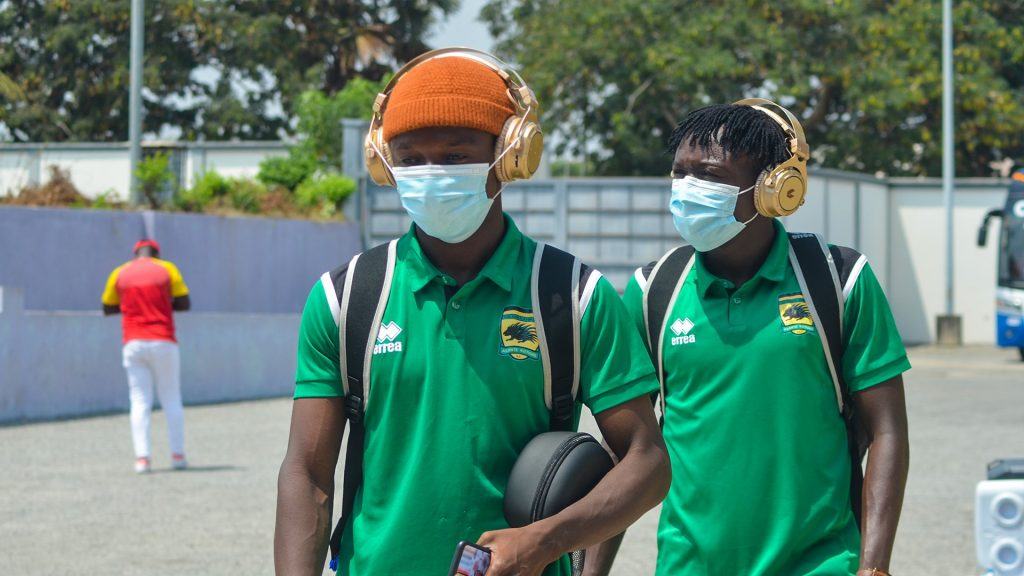 Asante Kotoko players arriving at the venue of the game.
