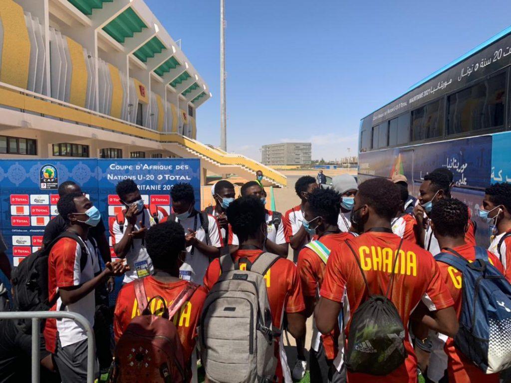 Black Satellites' arrival in the stadium.