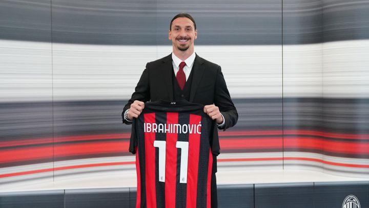 Zlatan Ibrahimovic after extending his contract. ©AC Milan