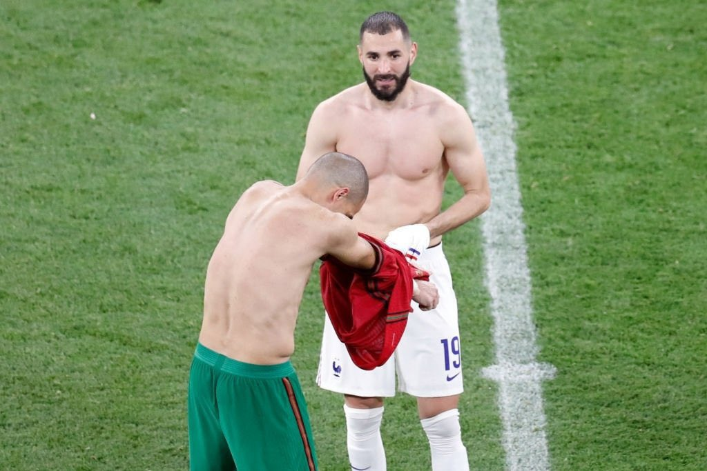 Benzema swapped jersey with Pepe, a former Real Madrid teammate at full-time.