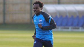 Hugo Broos confirms Percy Tau transfer to Al Ahly